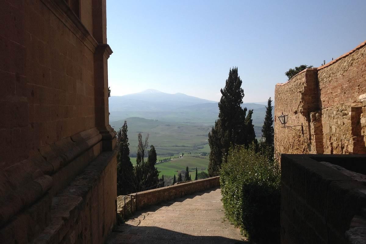 Montemassi mit Blick auf den Amiata